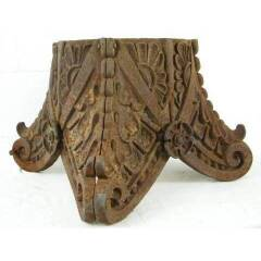 #10089 - Cast Iron Column Capital Artifact image