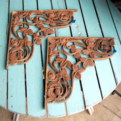#32504 - Salvaged Cast Iron Floral Brackets image