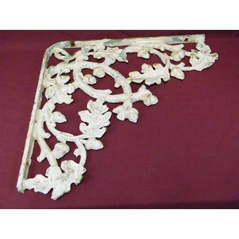 #12030 Ornate Cast Iron Bracket image 1