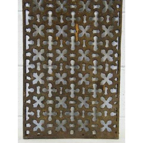 #14994 Salvaged Cast Iron Grate image 2