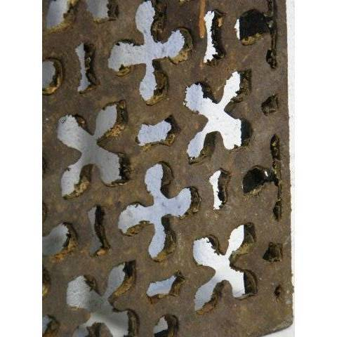 #14994 Salvaged Cast Iron Grate image 3
