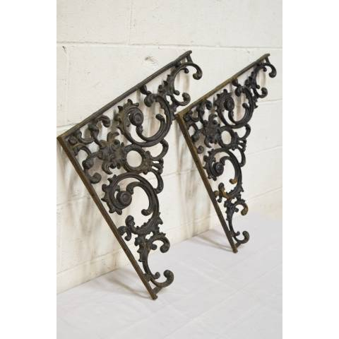 #21486 Cast Iron Support Brackets image 1