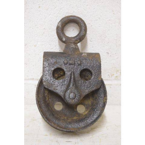 #26453 Antique Metal Pulley image 3