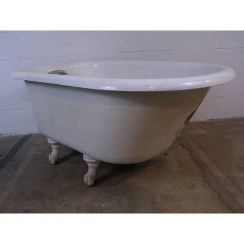 #8877 Vintage Clawfoot Bathtub image 1